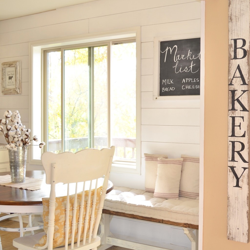 Breakfast Nook Planked Wall DIY Tutorial