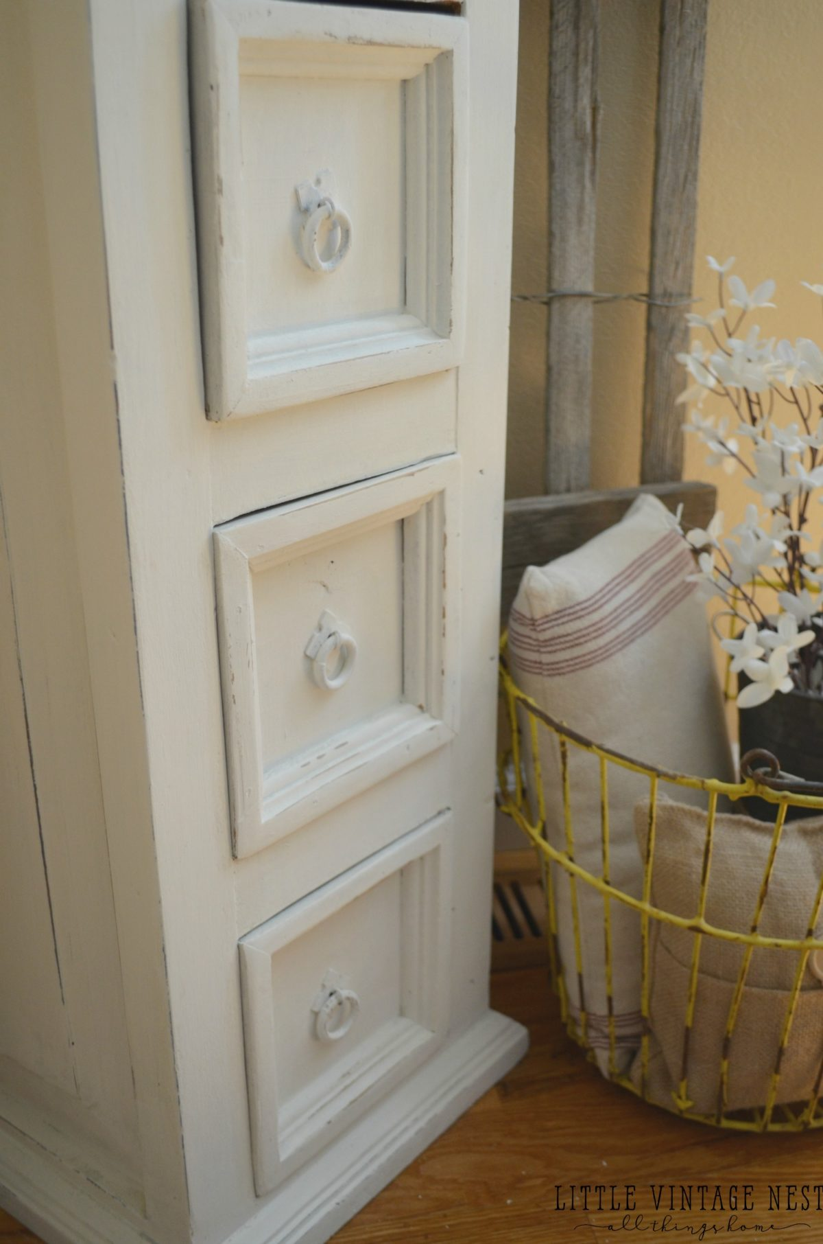 Farmhouse Decor & Painted Storage Cabinet