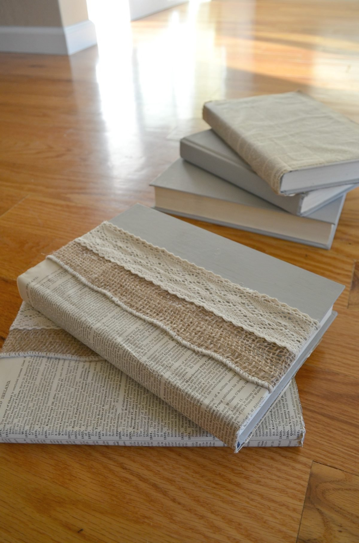 DIY Lined Books with Burlap, Book Pages, and Lace
