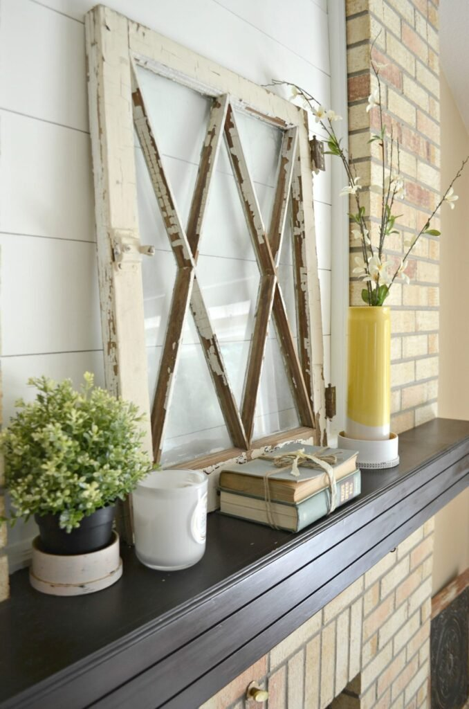 4 Ways to Decorate with Old Windows for an effortless farmhouse style look.