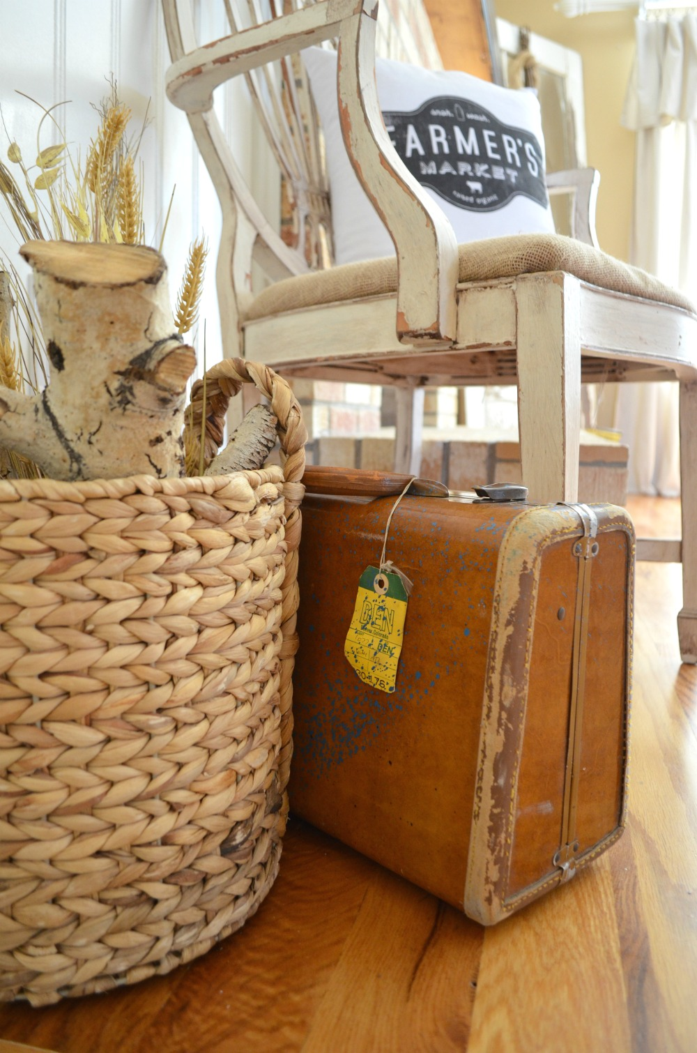 Front Entryway Farmhouse Decor Vintage Suitcase