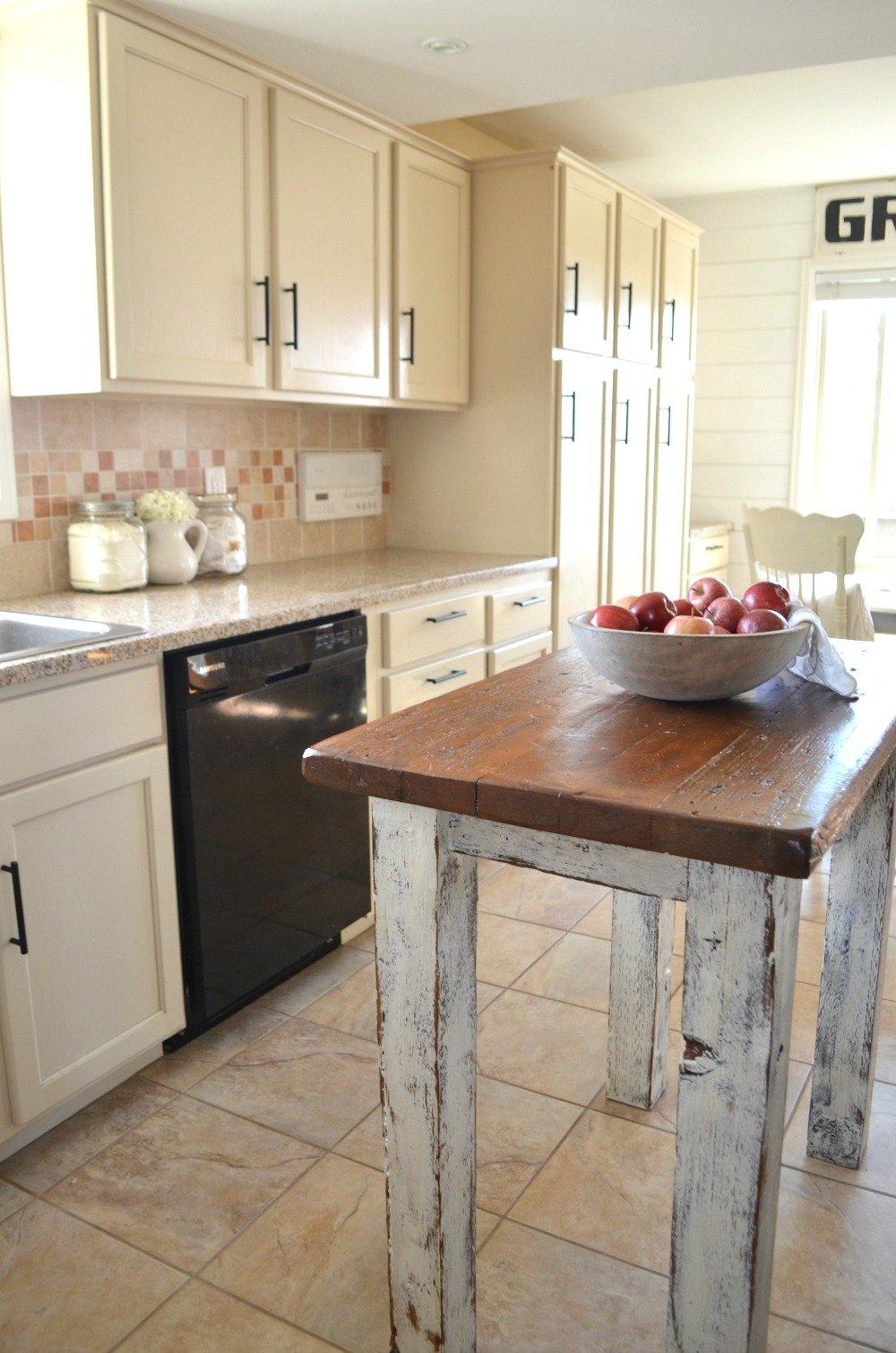 Farmhouse Kitchen and Breakfast Nook Tour Rustic Kitchen Island