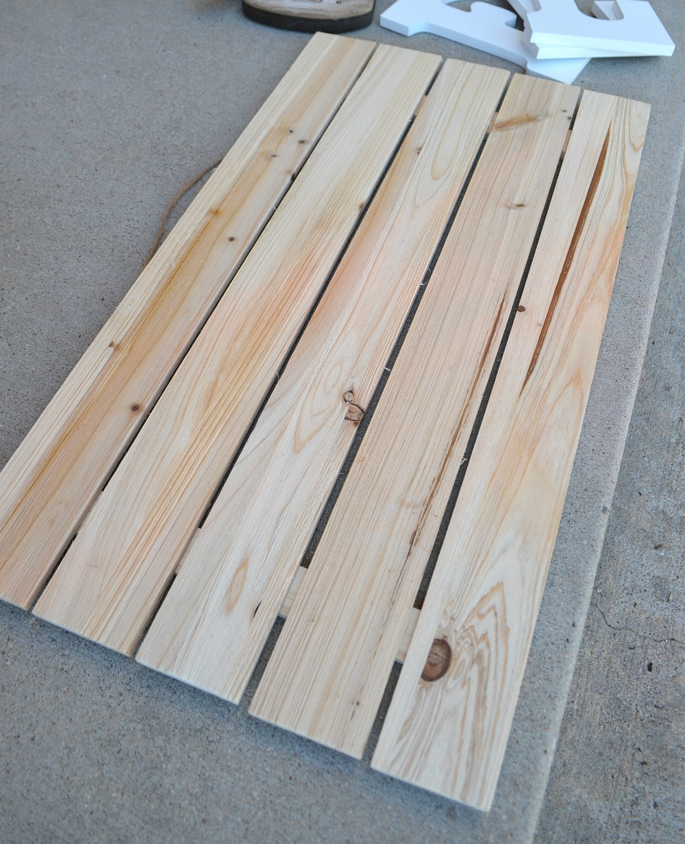 Wood Pallet Fall Sign