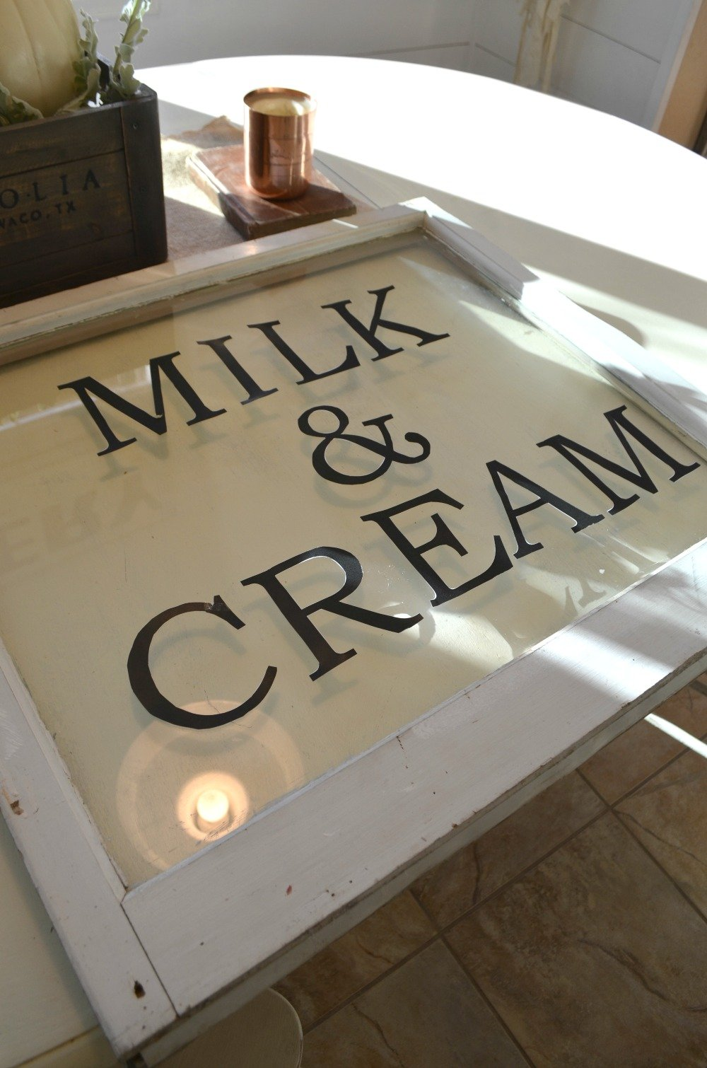 DIY Milk and Cream Sign