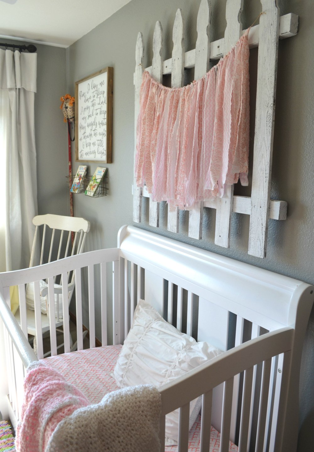 Easy tip to give new wood an aged look. This quick trick will help give any new wood a rustic, vintage look. Picket fence decor in nursery.