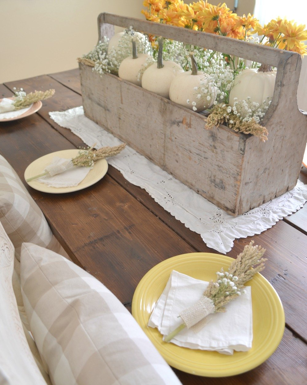Vintage Thanksgiving Centerpiece. Farmhouse Thanksgiving Tablescapev