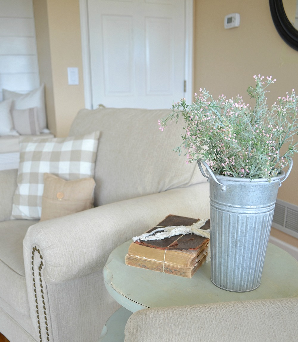 Modern Farmhouse Living Room Decor. Late winter, early Spring decor.