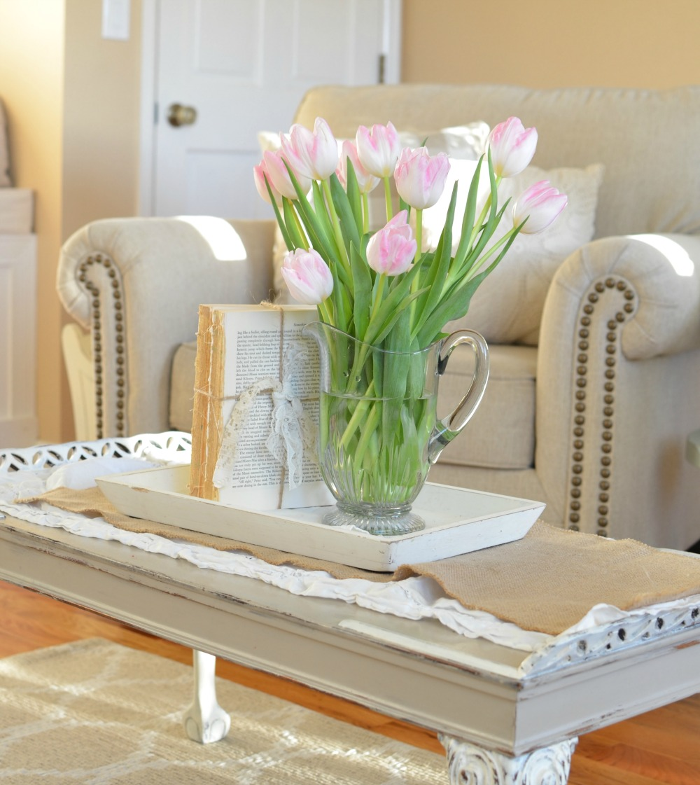 Farmhouse Decor on a budget: DIY Unbound Vintage Books