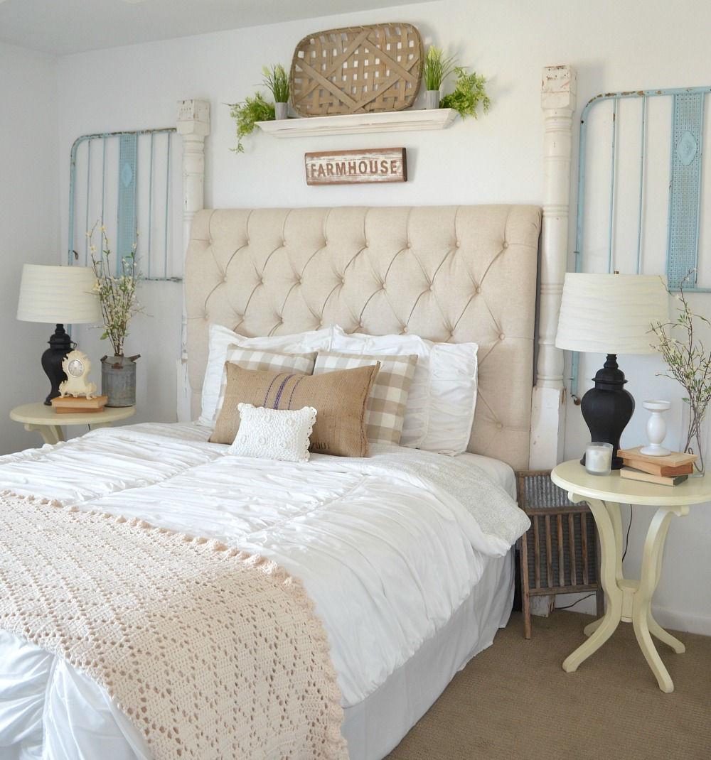 Vintage Crib Frame in Guest Bedroom. Vintage farmhouse bedroom decor ideas.