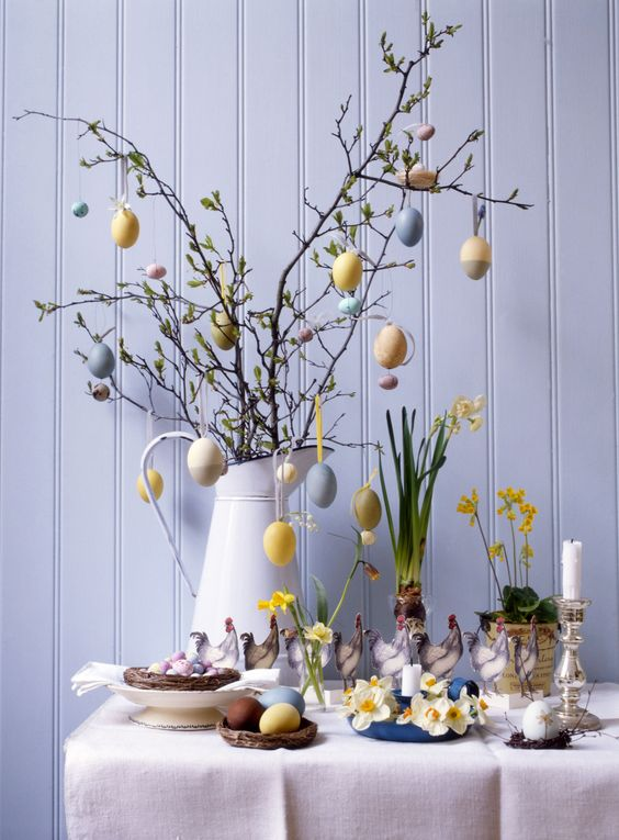 Farmhouse Style Easter Decor Ideas. Easter egg tree.