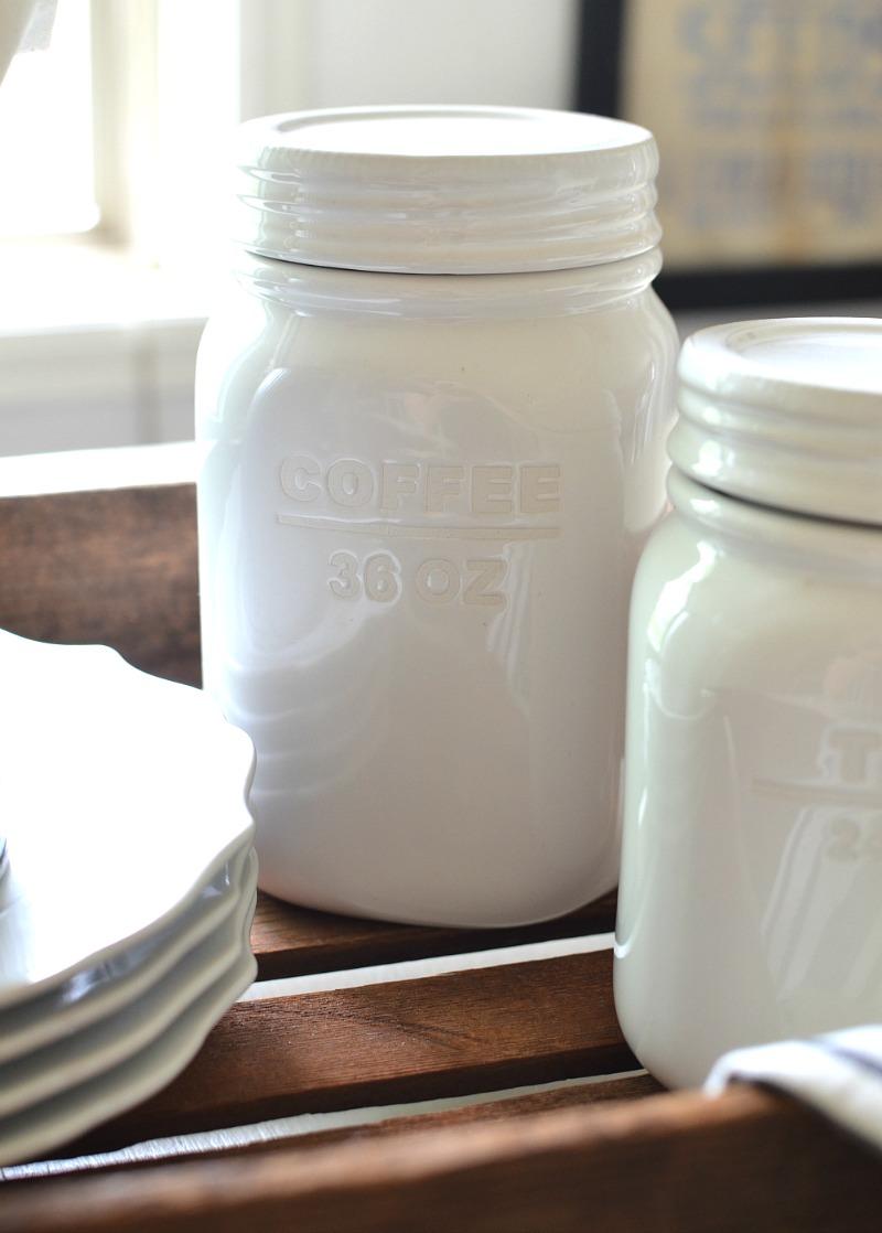 Friday Favorites: Farmhouse Kitchen Goodies & More