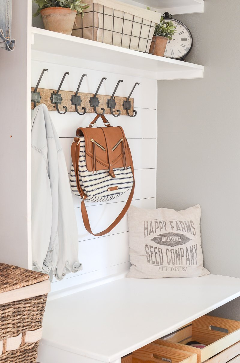 Budget Friendly Mudroom Makeover. Farmhouse style mudroom decor.