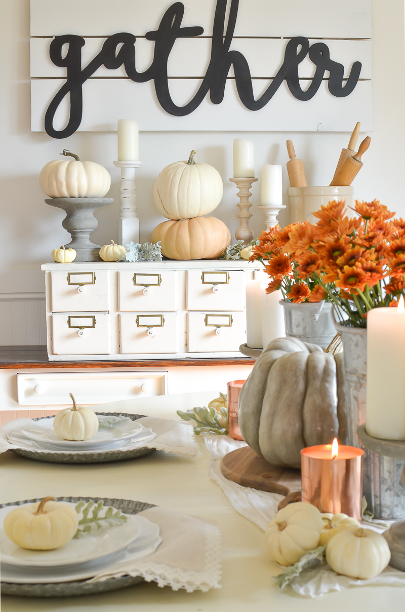 Simple fall tablescape idea.