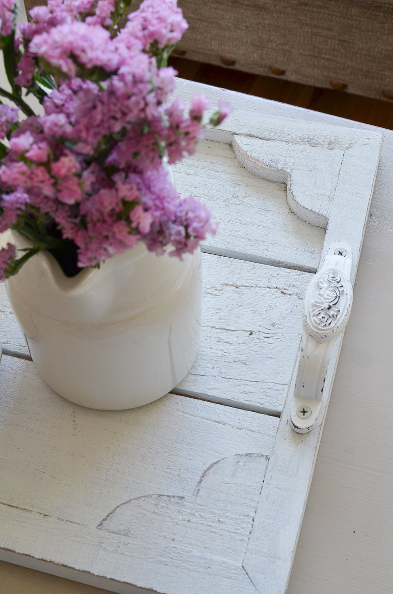A Step by Step Tutorial for the Easiest DIY Farmhouse Tray