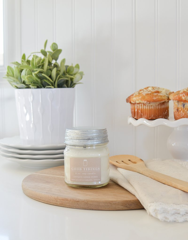 The best vintage inspired candles. Farmhouse style kitchen decor.