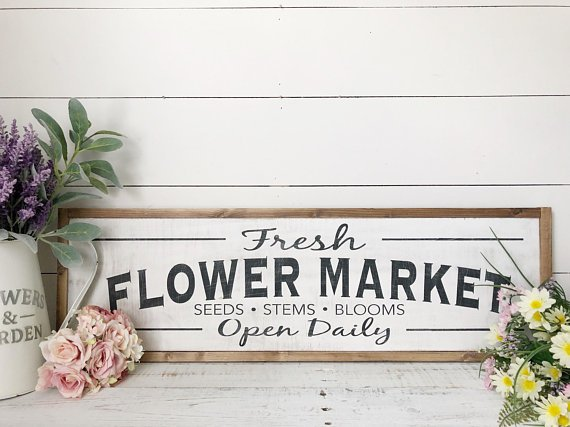 farmhouse style fresh flower market sign perfect for spring!