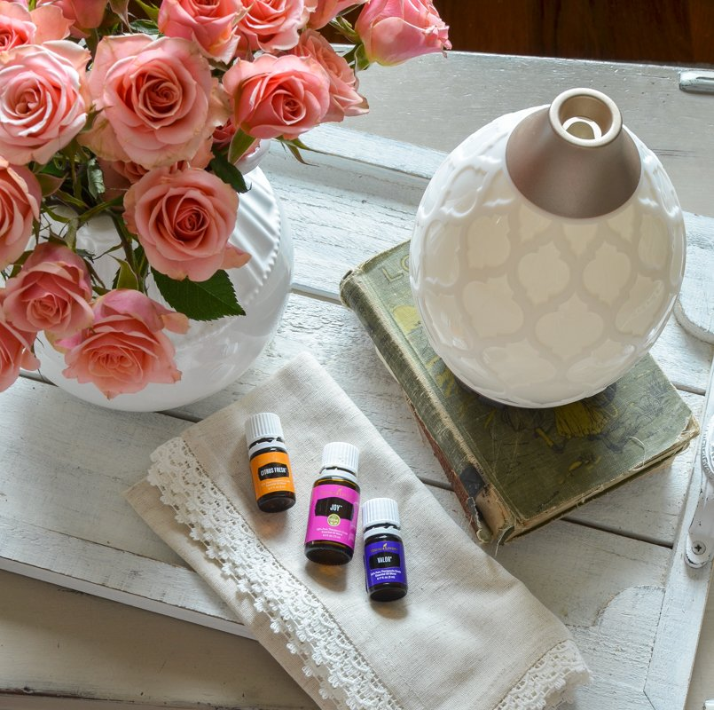 Tips for waking up early and my favorite oils for the early morning!