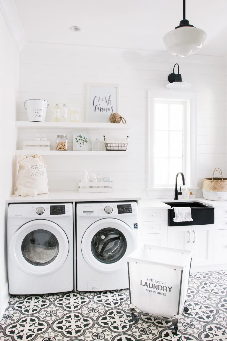 Farmhouse style laundry room inspiration