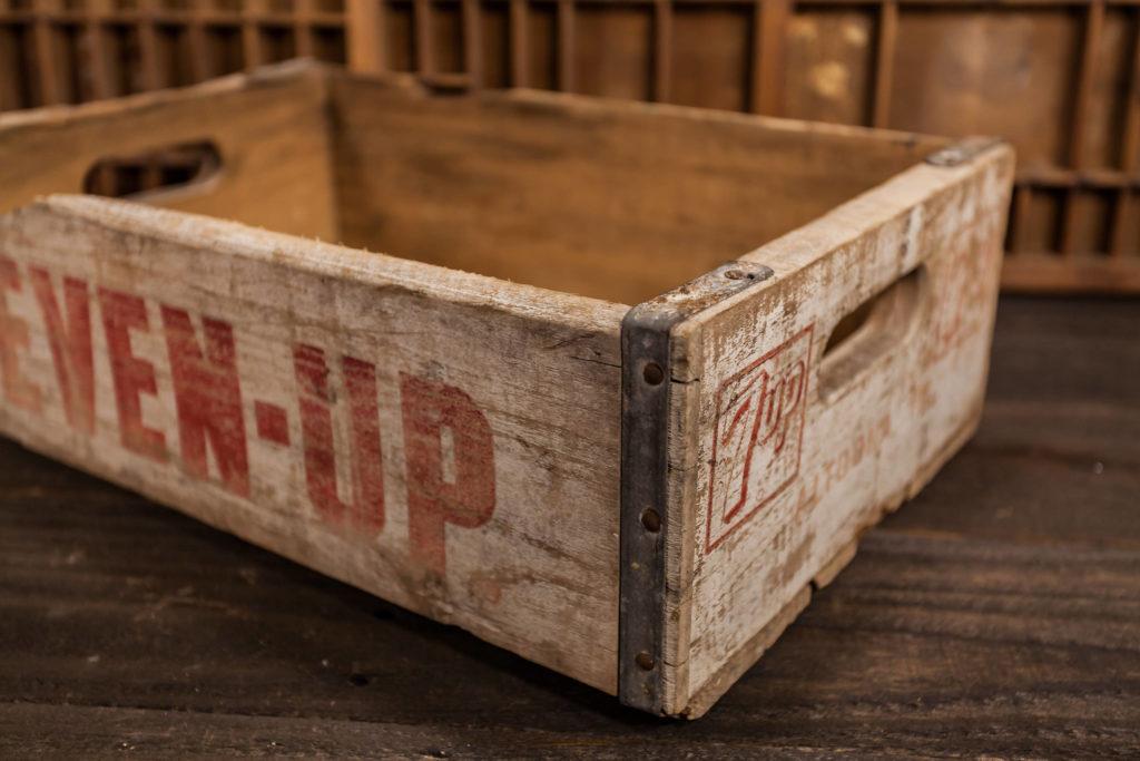 Vintage 7 UP crate