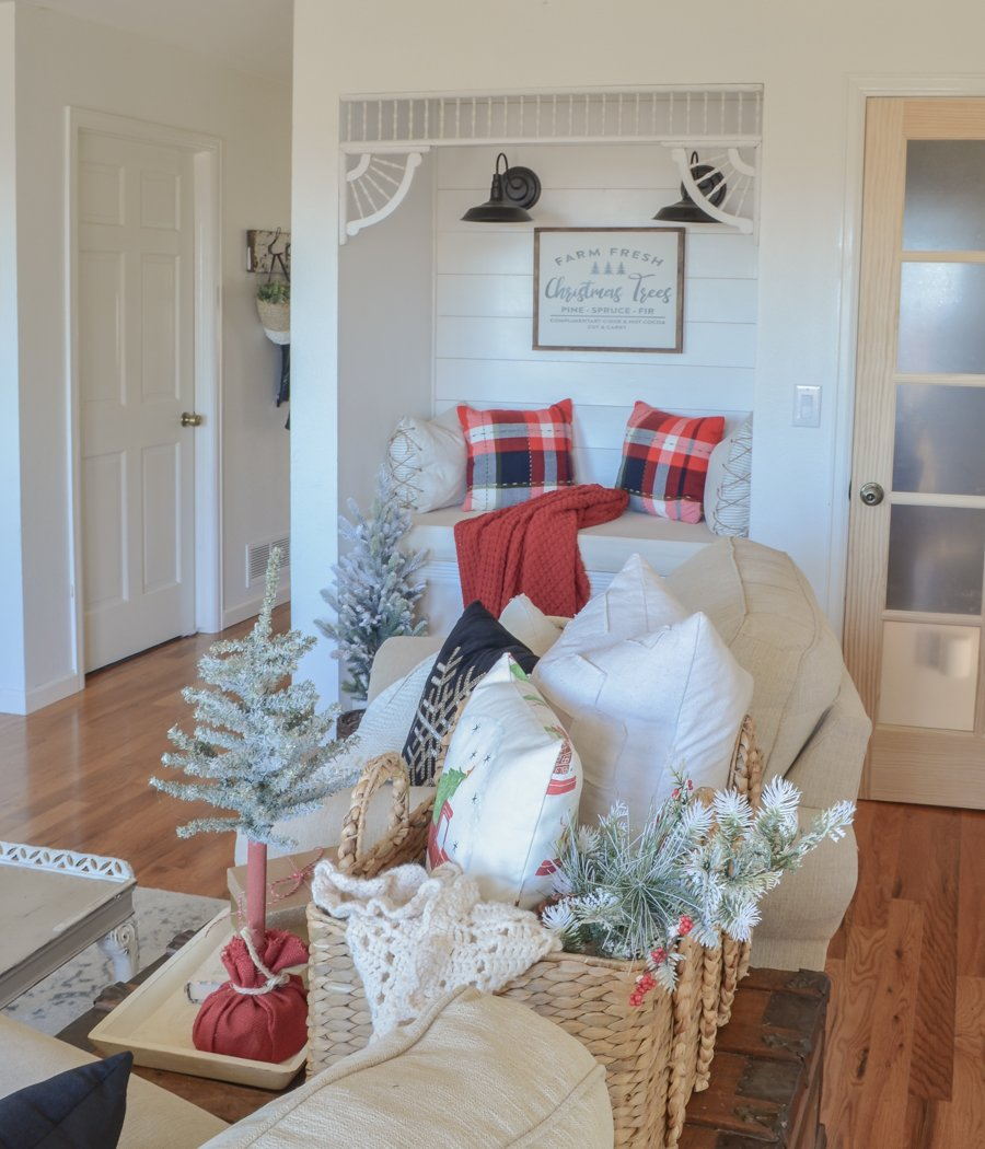 Cozy Christmas Living Room Tour. Farmhouse style Christmas decor ideas for the living room!