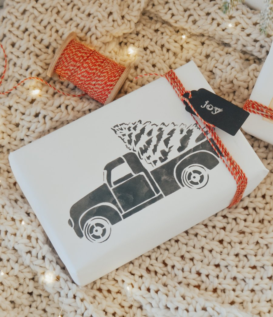 3 Easy & Beautiful Gift Wrapping Ideas. Simple holiday gift wrapping ideas!