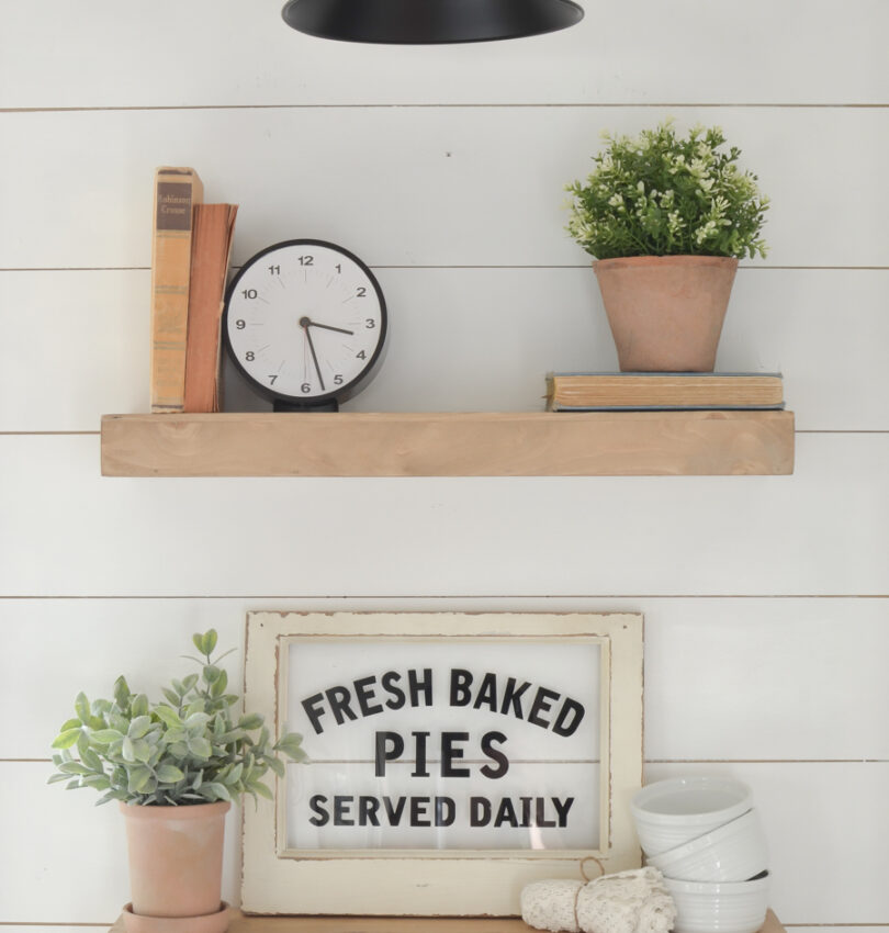 How to buy faux greenery. Three tips to pick out the best faux greenery for a cozy, farmhouse look.