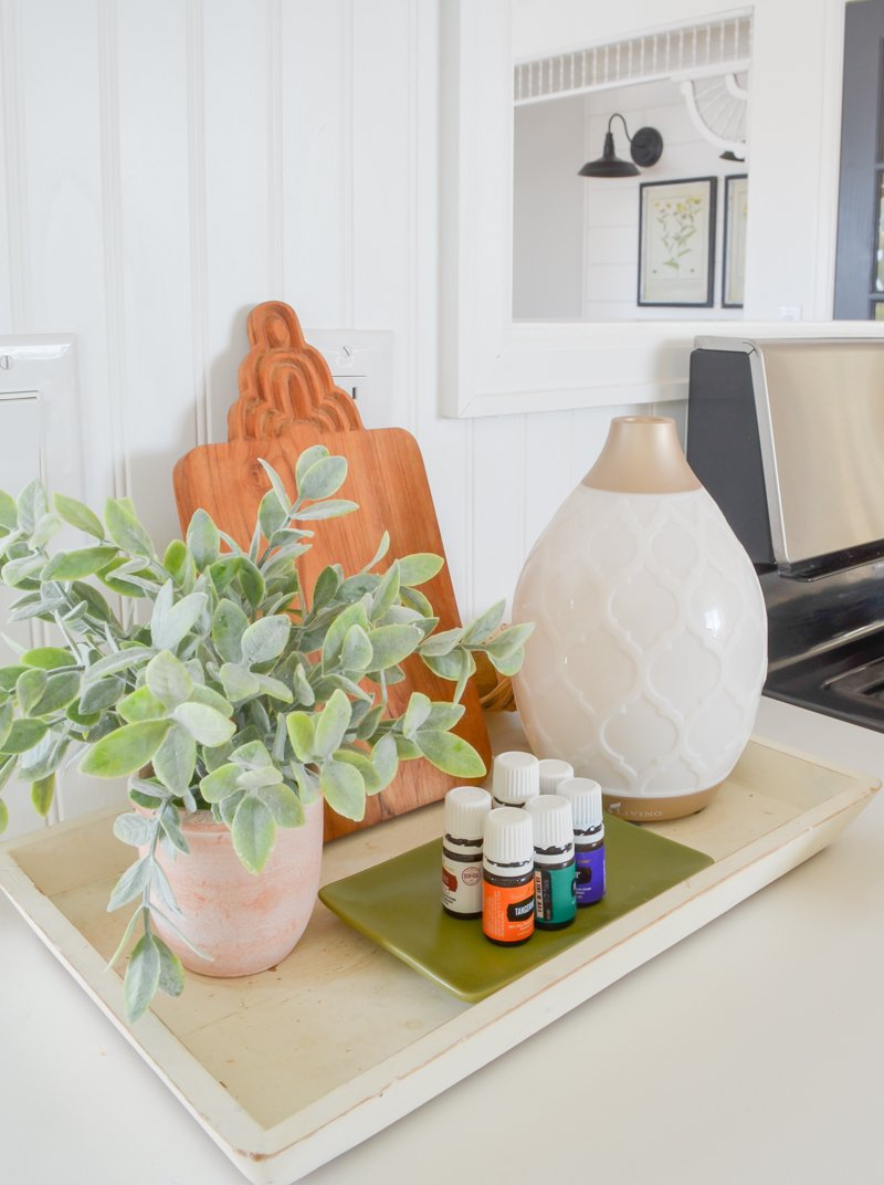10 ways to style a wooden tray. Simple ideas for every room in you home.