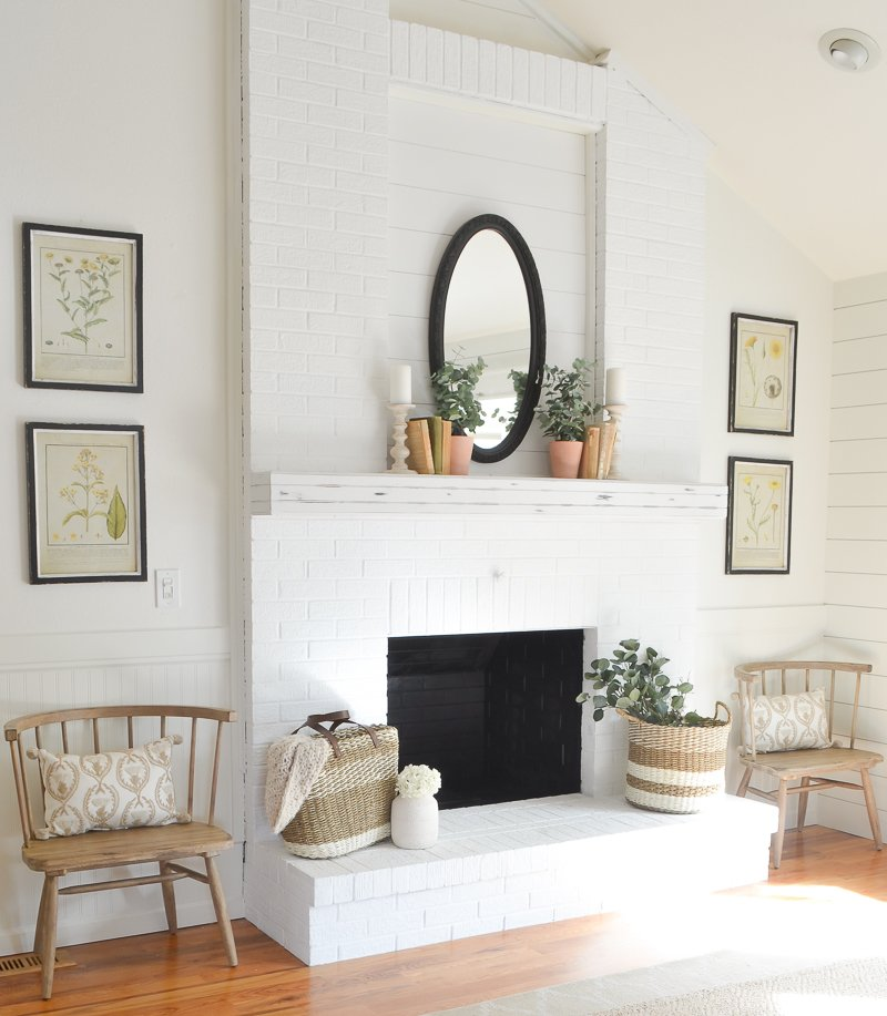 A Simple Farmhouse Style Fireplace Makeover