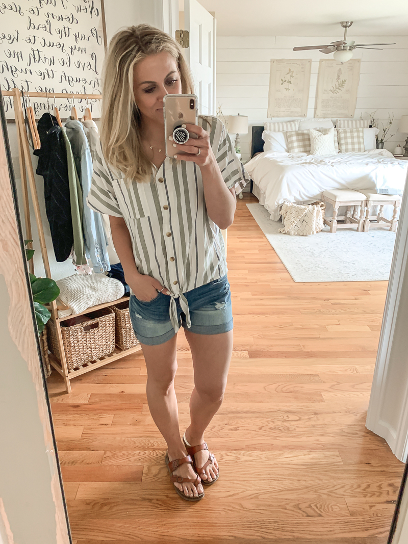 Summer clothing haul from Walmart. Affordable summer outfit ideas.