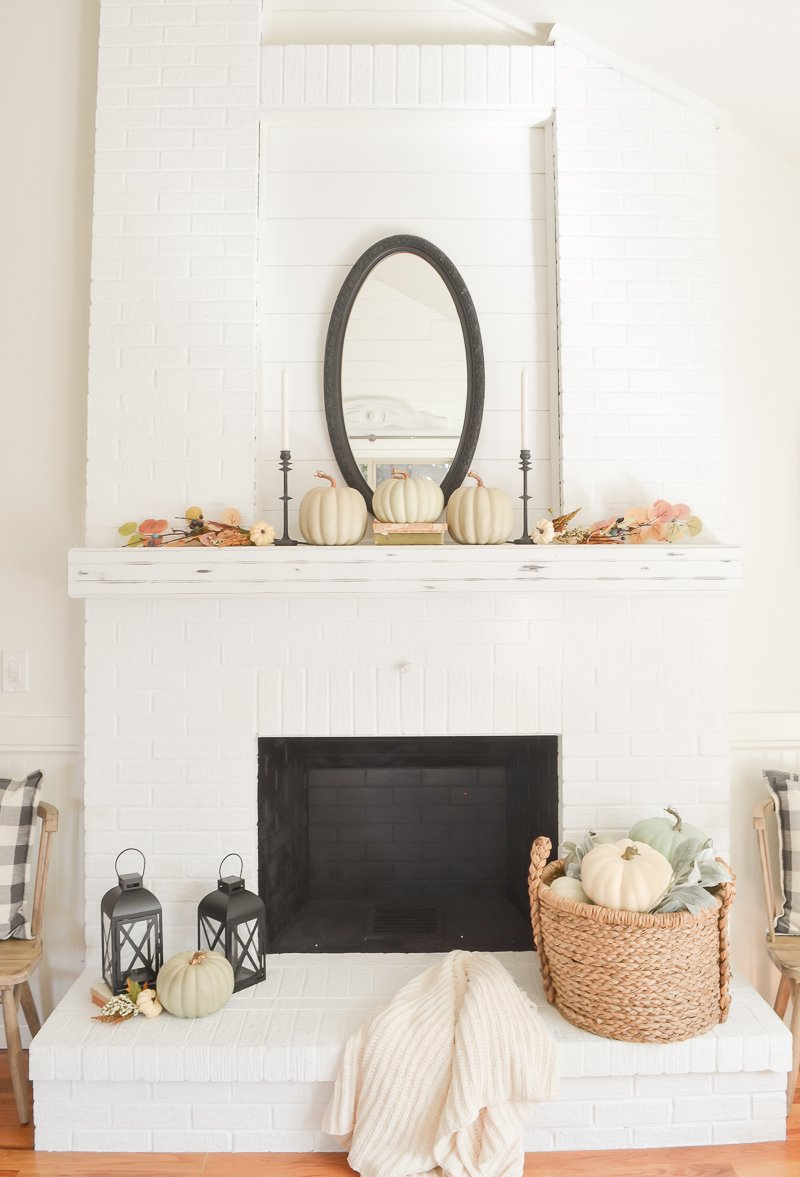 Easy and affordable fall mantel styled in 3 different ways using the same decor pieces. #fallmantel #falldecor