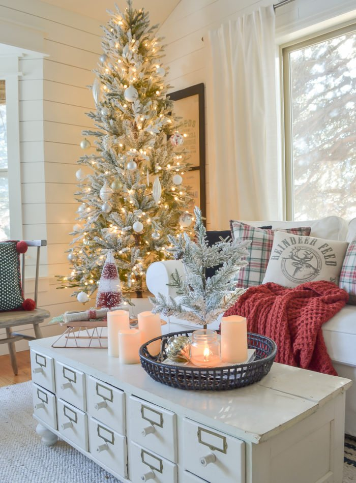 Cozy Family Room for Christmas