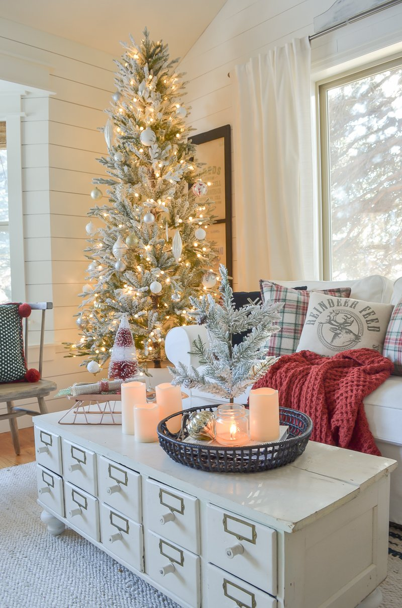 Cozy Family Room for Christmas