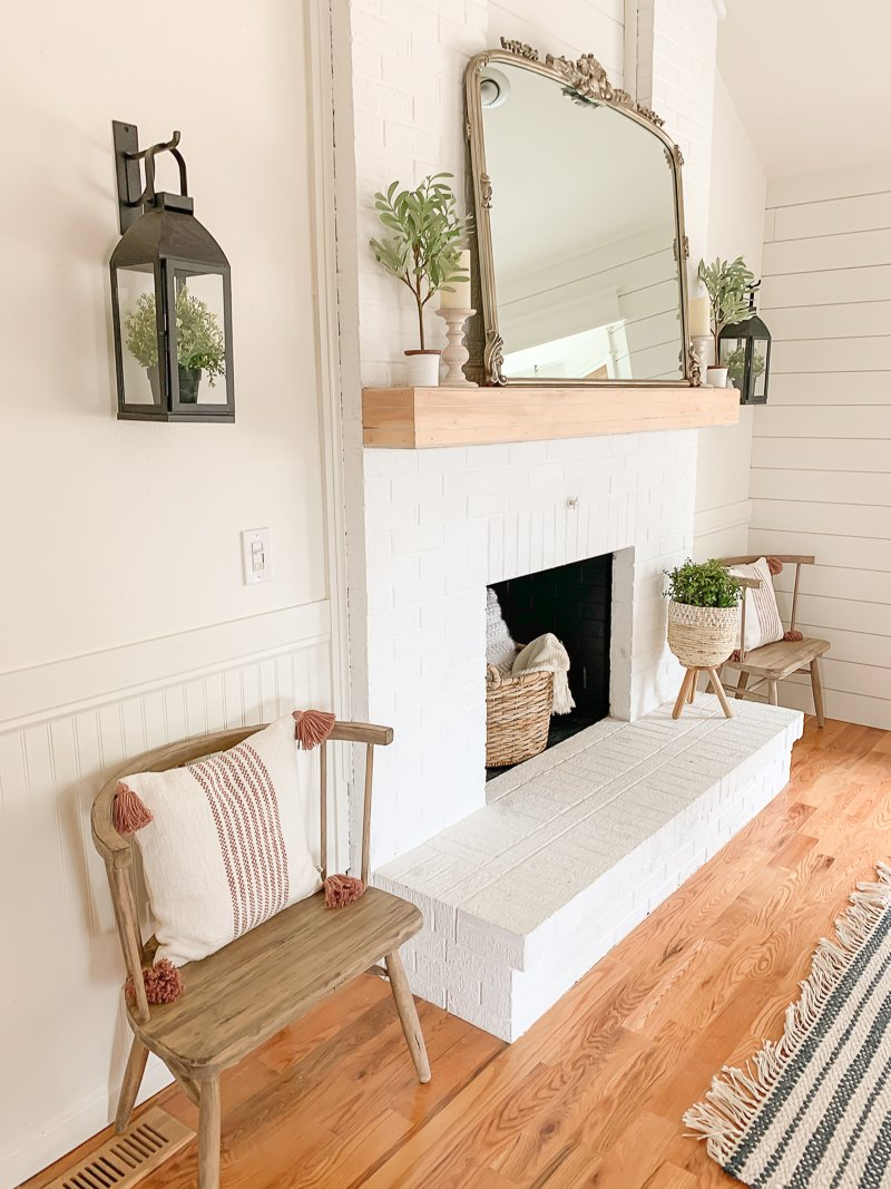 Simple and Rustic Mantel Makeover