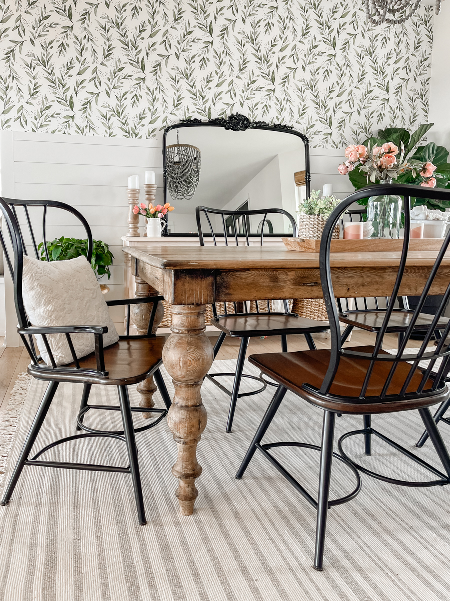 Simple Spring Dining Room + New Rug